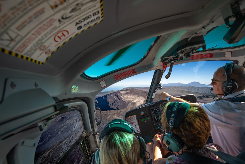 survol du volcan de la Réunion en hélicoptère